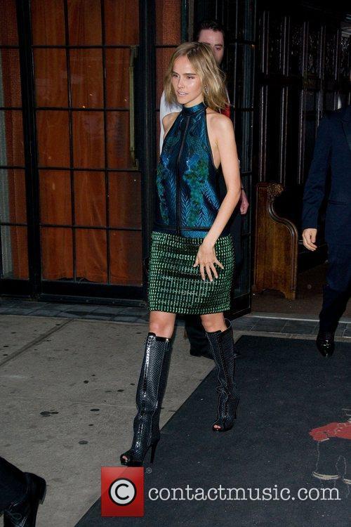 isabel lucas leaves her hotel new york 3868423