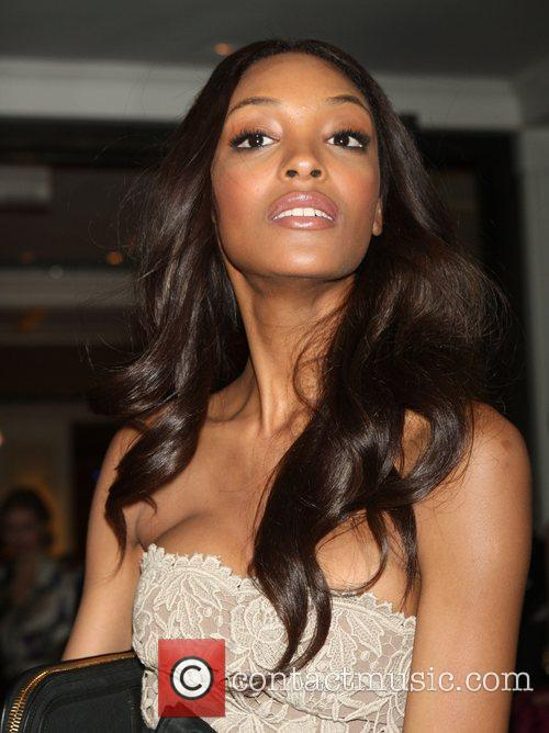 jourdan dunn leaves her hotel new york 3868574