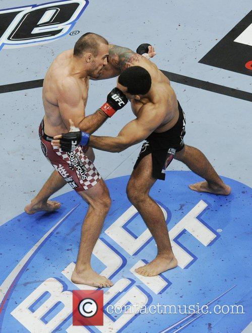 Igor Pokrajac vs Vinny Magalhaes  UFC 152...
