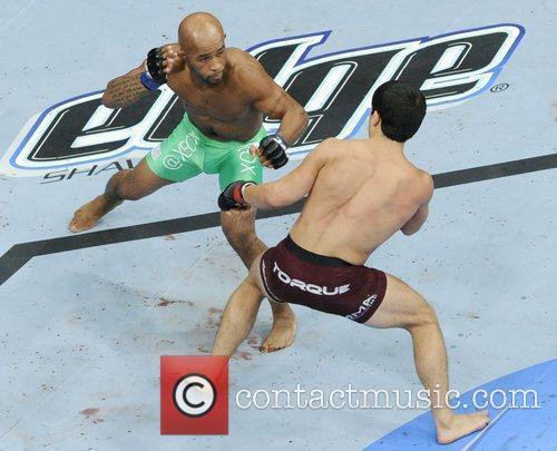 Joseph Benavidez vs Demetrious Johnson  UFC 152...