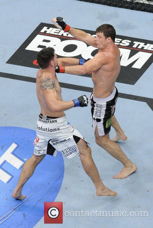 Michael Bisping vs Brian Stann  UFC 152...