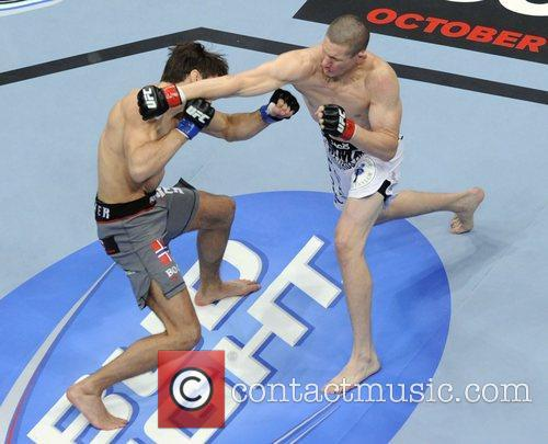 Seth Baczynski vs Simeon Thoresen  UFC 152...
