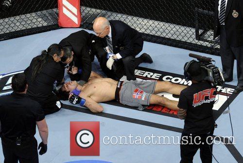Simeon Thoresen  UFC 152 Welterweight Bout...