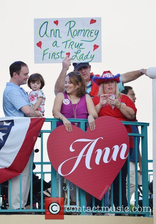 Atmosphere Ann Romney appears at a campaign rally...