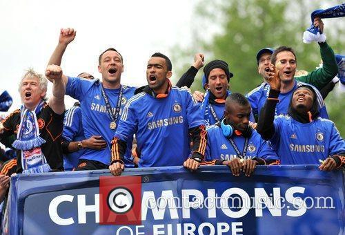 John Terry, Frank Lampard and Salomon Kalou 5