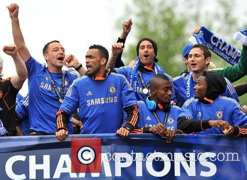John Terry, Frank Lampard and Salomon Kalou 7