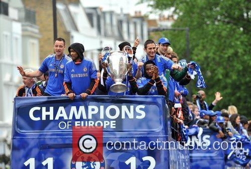 John Terry, Frank Lampard and Salomon Kalou 14