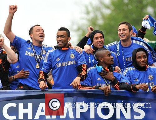 John Terry, Frank Lampard and Salomon Kalou 11