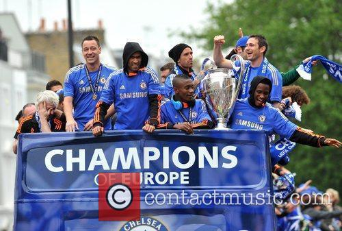 John Terry, Frank Lampard and Salomon Kalou 17
