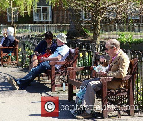 People enjoying the sunny weather in Winchester