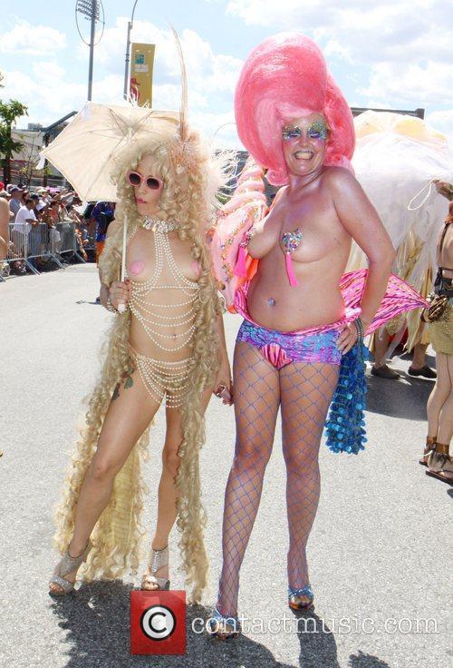 Atmosphere  The 2012 Mermaid Parade in Coney...