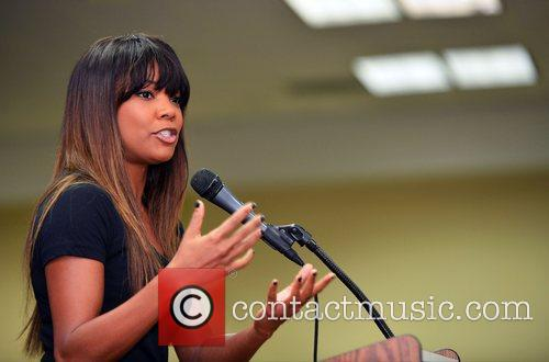 Gabrielle Union Obama Rally