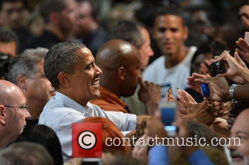 Barack Obama and The Roots 29