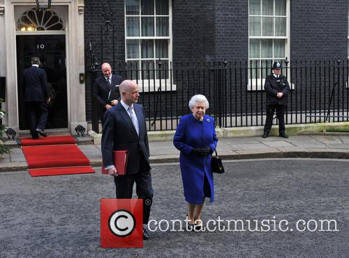 Queen Elizabeth and William Hague 11
