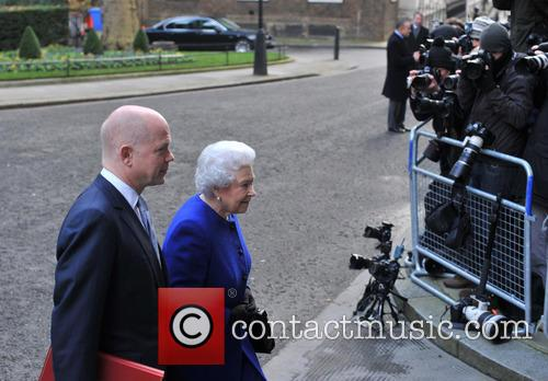 Queen Elizabeth and William Hague 7