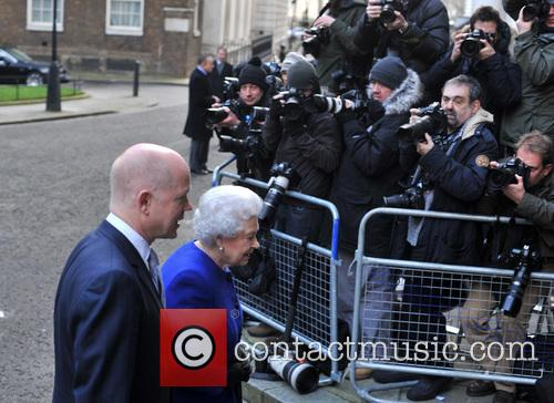 Queen Elizabeth and William Hague 6