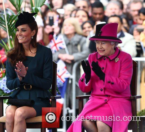Queen Elizabeth Ii, Duchess and Kate Middleton 1