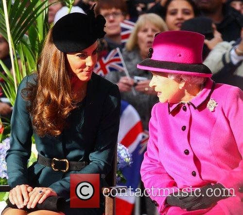 Queen Elizabeth Ii, Duchess and Kate Middleton 6
