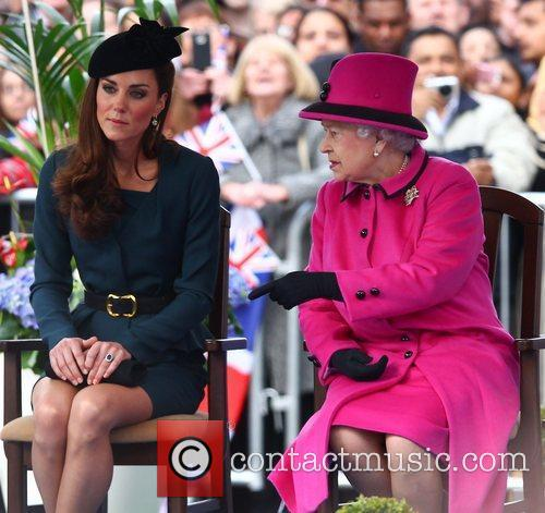 Queen Elizabeth II, Duchess and Kate Middleton 12