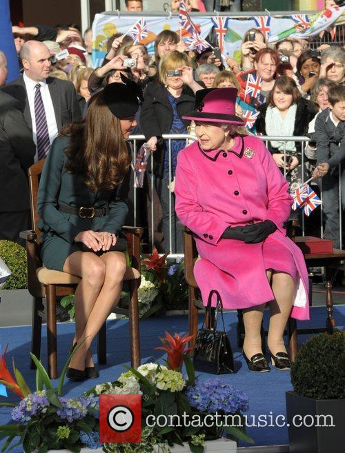 Queen Elizabeth II, Duchess and Kate Middleton 17