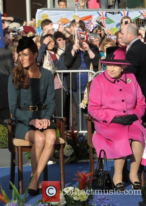 Queen Elizabeth II, Duchess and Kate Middleton 21