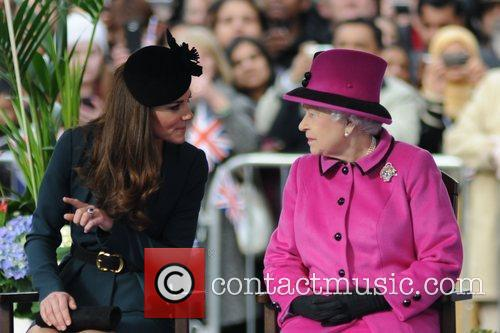 Queen Elizabeth II, Duchess and Kate Middleton 29