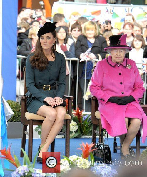 Queen Elizabeth II, Duchess and Kate Middleton 34