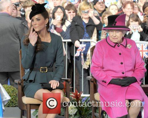 Queen Elizabeth II, Duchess and Kate Middleton 40