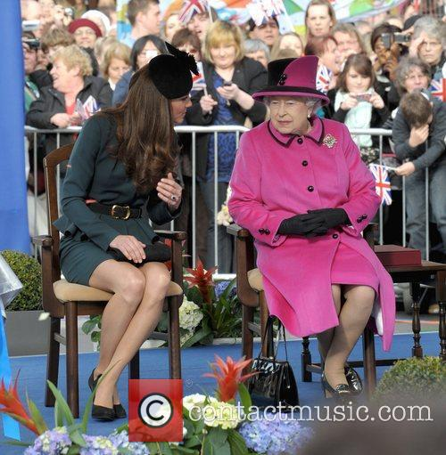 Queen Elizabeth II, Duchess and Kate Middleton 49
