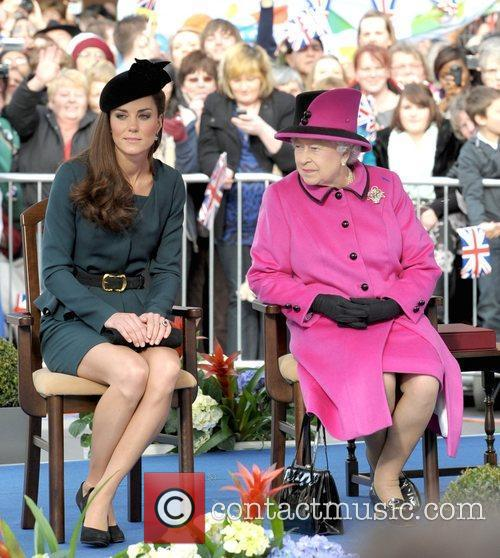 Queen Elizabeth II, Duchess and Kate Middleton 51
