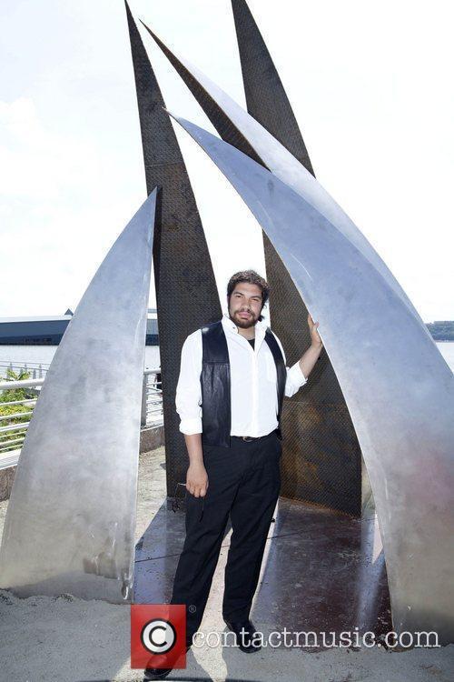Damien Armondo Vera Seven Monumental Sculptures are unveiled...