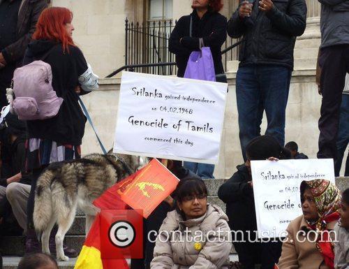 Atmosphere Members of the public gather in Trafalgar...