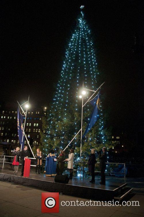 Atmosphere Trafalgar Square Christmas tree switch-on London, England