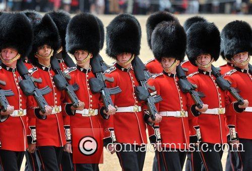 Atmosphere and Queen Elizabeth II 7