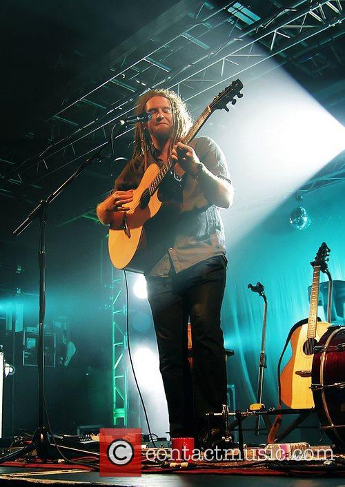 Newton Faulkner, Liverpool and Academy 9
