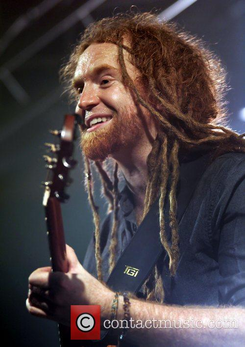 Newton Faulkner, Liverpool and Academy 19
