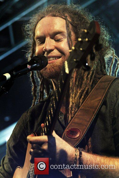 Newton Faulkner, Liverpool and Academy 8