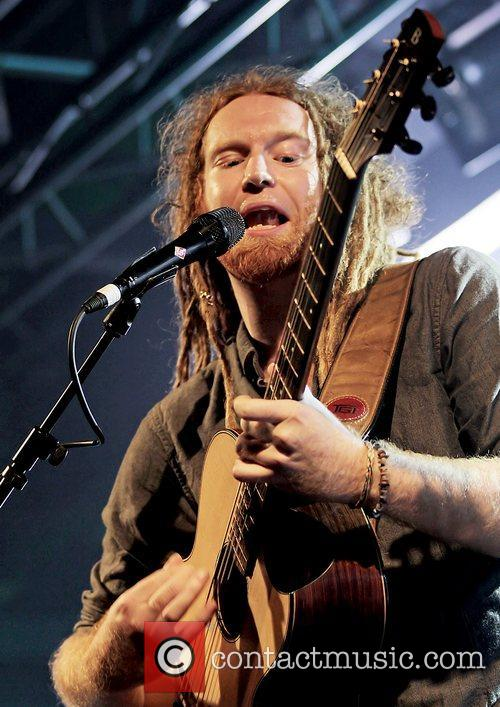 Newton Faulkner, Liverpool and Academy 4