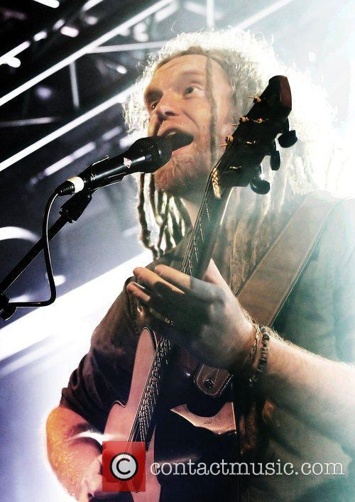 Newton Faulkner, Liverpool and Academy 24