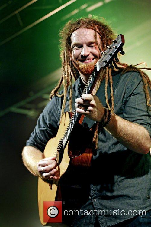 Newton Faulkner, Liverpool and Academy 18