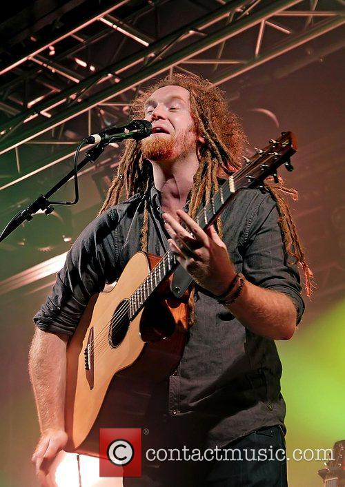 Newton Faulkner, Liverpool and Academy 16