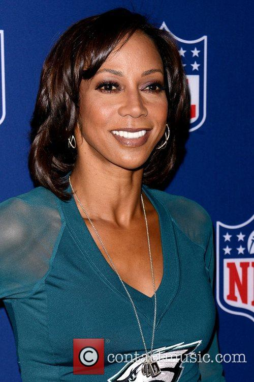 holly robinson peete at the ultimate nfl 4188017