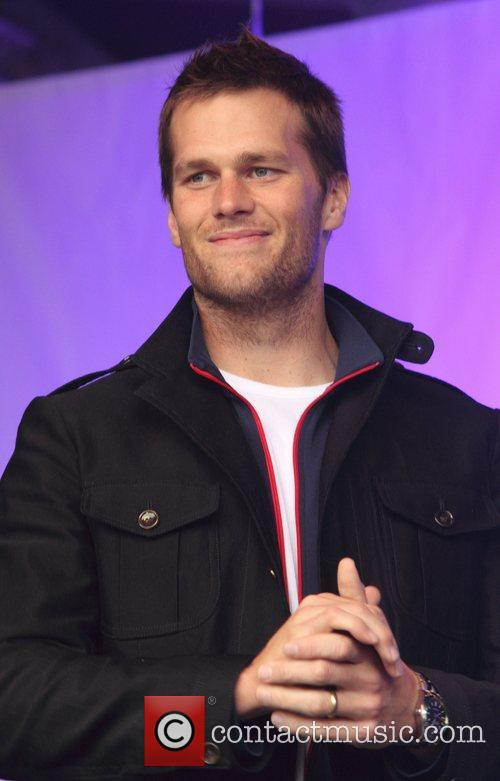 New England Patriots Quarterback, Tom Brady, Trafalgar Square and Wembley Stadium 3