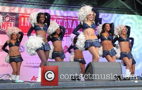 St Louis Rams Cheerleaders, Trafalgar Square and Wembley Stadium 1
