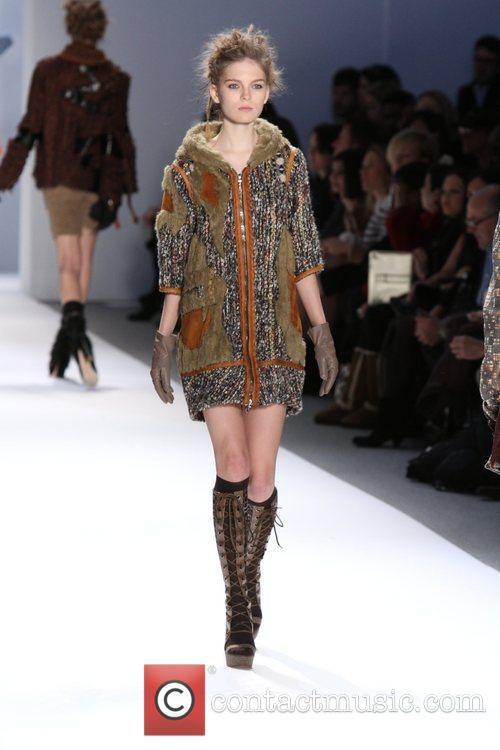 Mercedes-Benz Fashion Week - Fall 2012 - Custo...