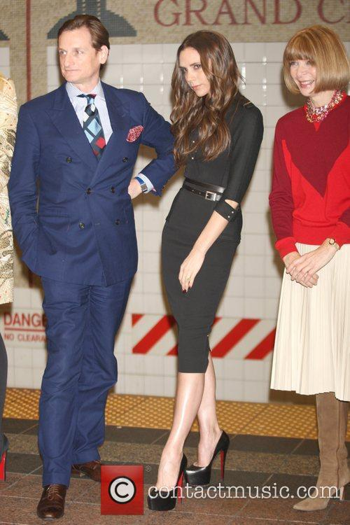 Hamish Bowles, Anna Wintour and Victoria Beckham 10