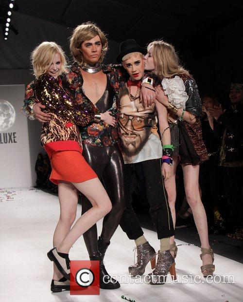 Models with Richie Rich Mercedes-Benz Fashion Week Fall...