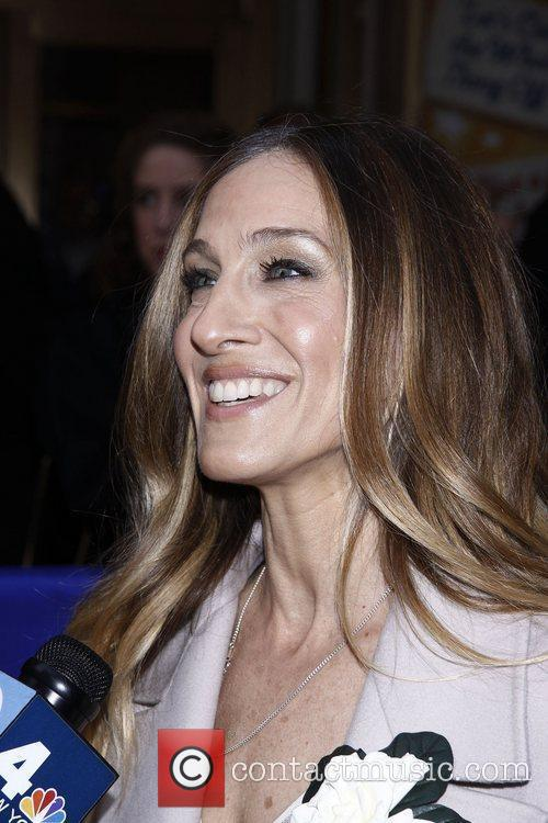 Sarah Jessica Parker and Imperial Theatre 2