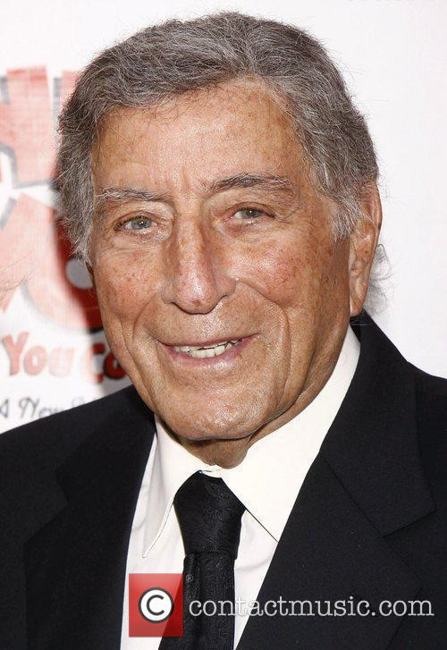 Tony Bennett and Imperial Theatre 2