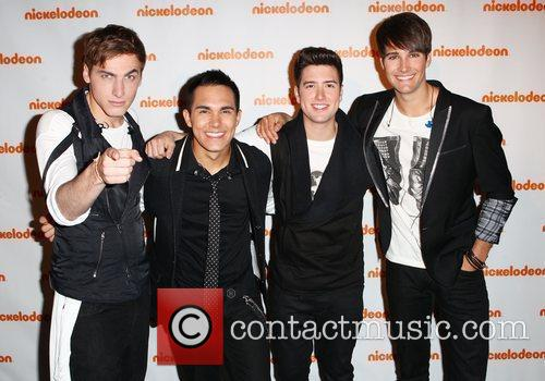 Carlos Pena, Big Time Rush, James Maslow and Logan Henderson 2